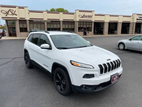 2016 Jeep Cherokee for sale at ASSOCIATED SALES & LEASING in Marshfield WI