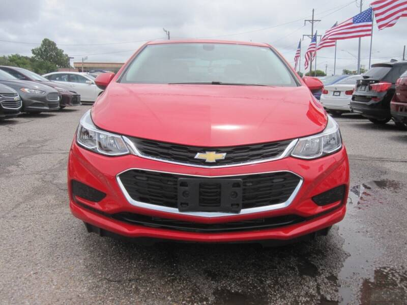 2018 Chevrolet Cruze for sale at T & D Motor Company in Bethany OK