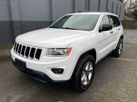2014 Jeep Grand Cherokee for sale at APX Auto Brokers in Lynnwood WA