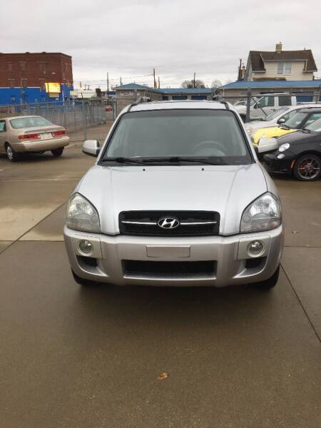 2006 Hyundai Tucson for sale at New Rides in Portsmouth OH