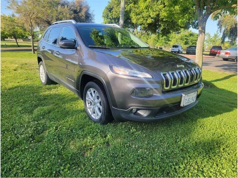 2015 Jeep Cherokee for sale at D & I Auto Sales in Modesto CA