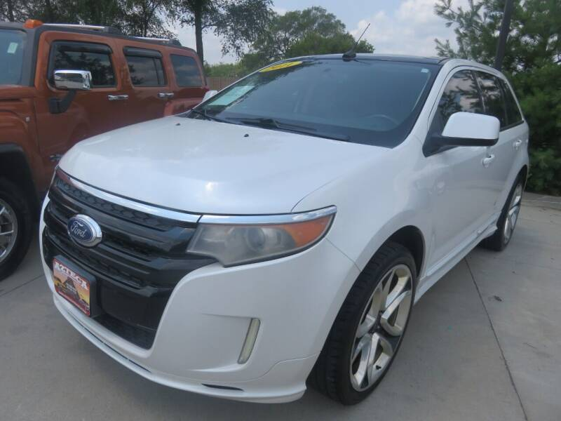 2011 Ford Edge for sale at Azteca Auto Sales LLC in Des Moines IA