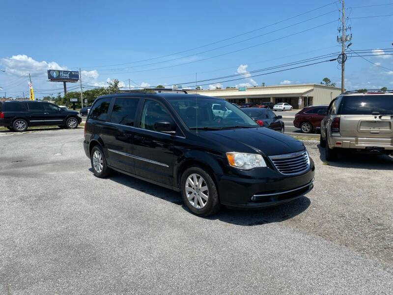 2014 Chrysler Town and Country for sale at Lucky Motors in Panama City FL