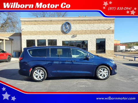 2018 Chrysler Pacifica for sale at Wilborn Motor Co in Fort Worth TX