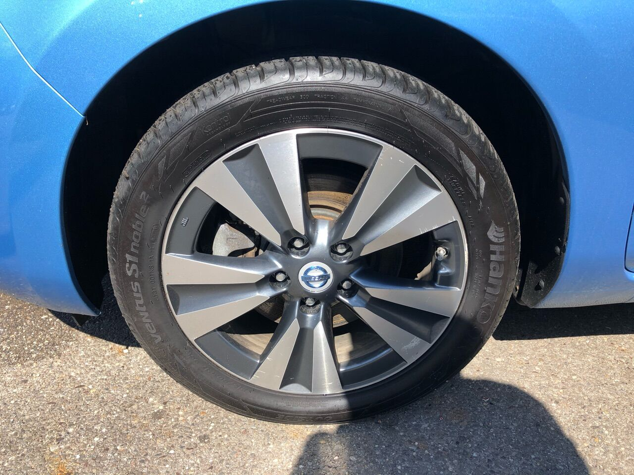 2014 Nissan Leaf Hatchback