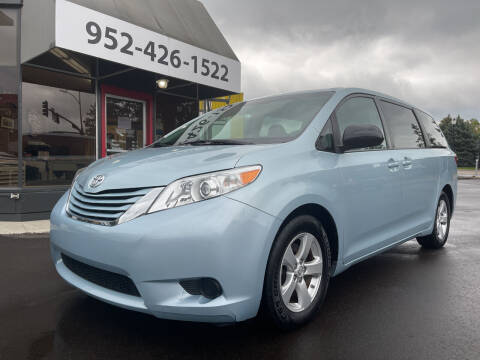 2015 Toyota Sienna for sale at Mainstreet Motor Company in Hopkins MN