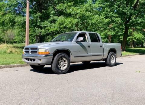 2001 Dodge Dakota for sale at Cartopia Auto Sales in St Louis MO