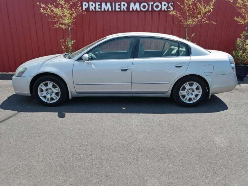 2006 Nissan Altima for sale at PREMIERMOTORS  INC. in Milton Freewater OR