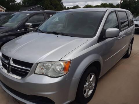 2011 Dodge Grand Caravan for sale at Auto Haus Imports in Grand Prairie TX