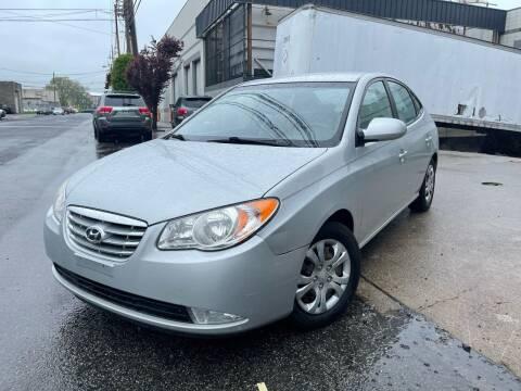 2010 Hyundai Elantra for sale at Illinois Auto Sales in Paterson NJ