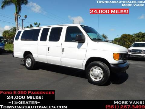 2007 Ford E-350 for sale at Town Cars Auto Sales in West Palm Beach FL