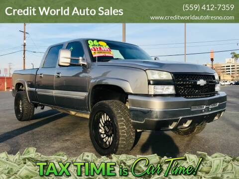 2006 Chevrolet Silverado 2500HD for sale at Credit World Auto Sales in Fresno CA
