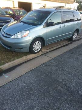 2007 Toyota Sienna for sale at Charles Baker Jeep Honda in Norfolk VA