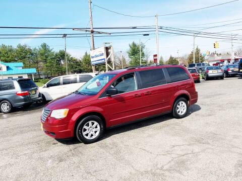 2010 Chrysler Town and Country for sale at New Wave Auto of Vineland in Vineland NJ