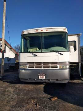 2004 Workhorse Rexhall for sale at E-Z Pay Used Cars in McAlester OK