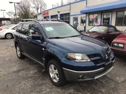 2004 Mitsubishi Outlander for sale at Klein on Vine in Cincinnati OH