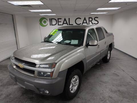 2002 Chevrolet Avalanche for sale at Ideal Cars Apache Junction in Apache Junction AZ