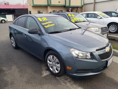 2012 Chevrolet Cruze for sale at Showcase Luxury Cars II in Pinedale CA