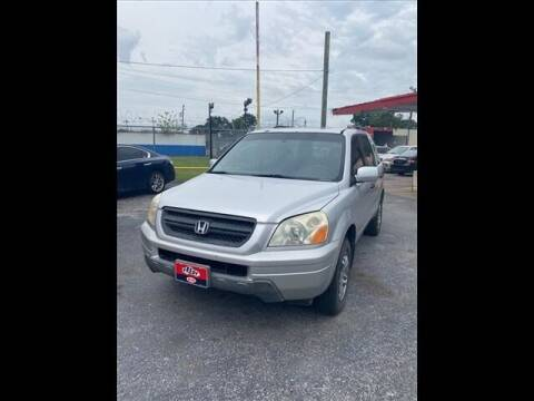 2005 Honda Pilot for sale at FREDY USED CAR SALES in Houston TX