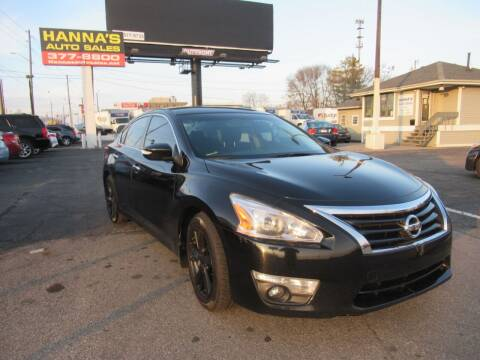 2015 Nissan Altima for sale at Hanna's Auto Sales in Indianapolis IN