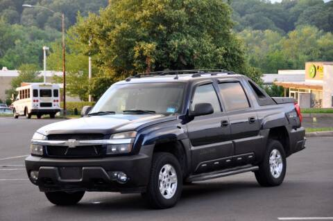 2002 Chevrolet Avalanche for sale at T CAR CARE INC in Philadelphia PA