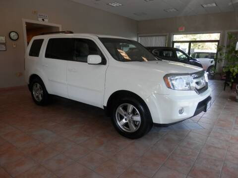 2011 Honda Pilot for sale at ABSOLUTE AUTO CENTER in Berlin CT