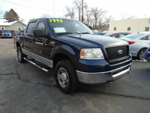 2006 Ford F-150 for sale at DISCOVER AUTO SALES in Racine WI