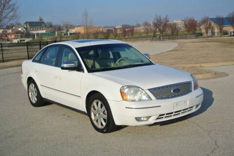 2005 Ford Five Hundred for sale at BRADNICK PAST & PRESENT AUTO in Alton IL