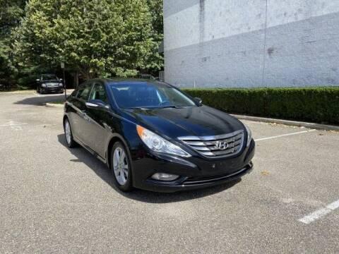 2011 Hyundai Sonata for sale at Select Auto in Smithtown NY
