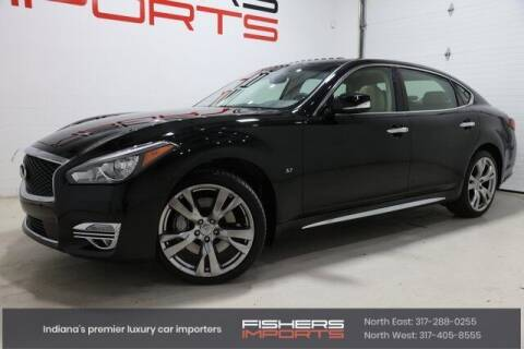 2015 Infiniti Q70L for sale at Fishers Imports in Fishers IN
