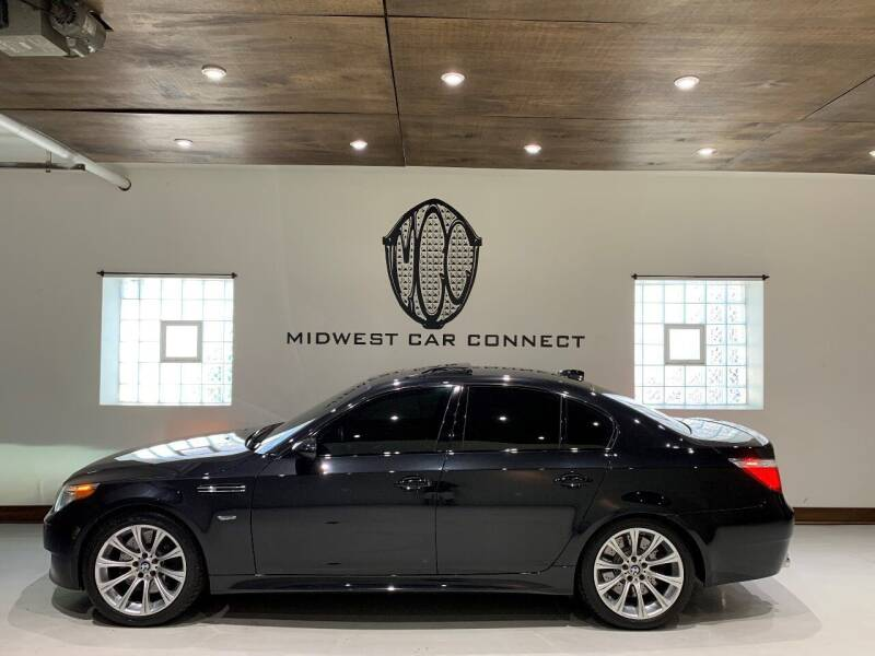 2007 BMW M5 for sale at Midwest Car Connect in Villa Park IL