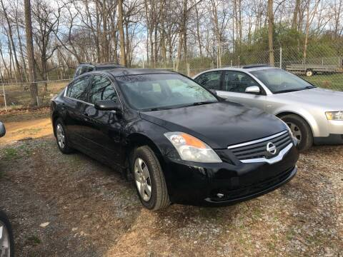 2008 Nissan Altima for sale at Noble PreOwned Auto Sales in Martinsburg WV