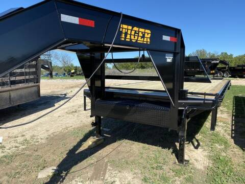 """2021 TIGER 102"""" X 25'  DECK0VER W/PO for sale at LJD Sales in Lampasas TX"""