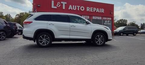 2019 Toyota Highlander for sale at L&T Auto Sales in Three Rivers MI