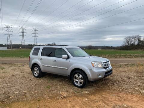 2011 Honda Pilot for sale at Tennessee Valley Wholesale Autos LLC in Huntsville AL