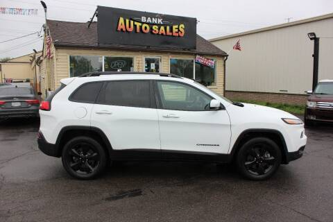 2016 Jeep Cherokee for sale at BANK AUTO SALES in Wayne MI