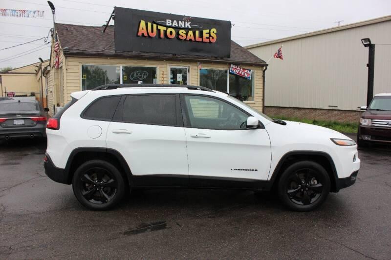 2016 Jeep Cherokee for sale at BANK AUTO SALES in Wayne MI