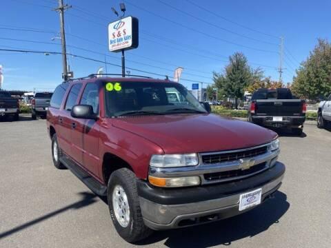 2006 Chevrolet Suburban for sale at S&S Best Auto Sales LLC in Auburn WA