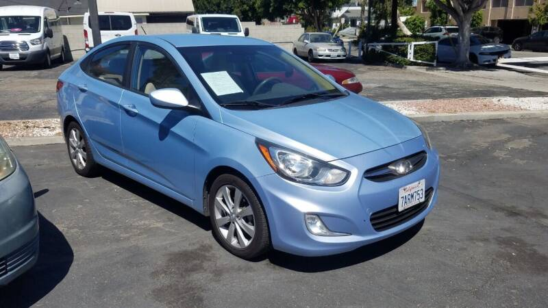 2013 Hyundai Accent for sale at In-House Auto Finance in Hawthorne CA