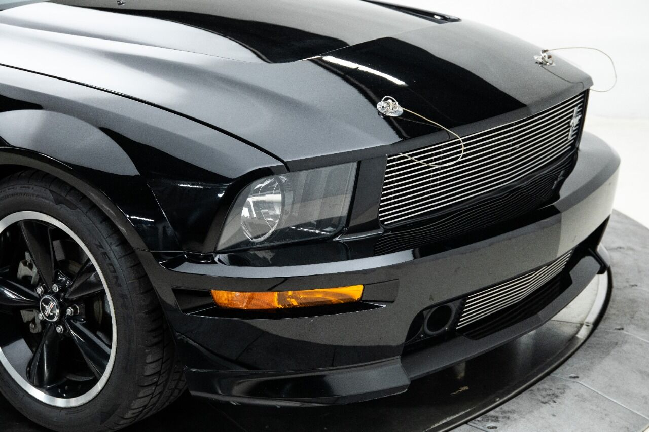 2007 Ford Mustang 13