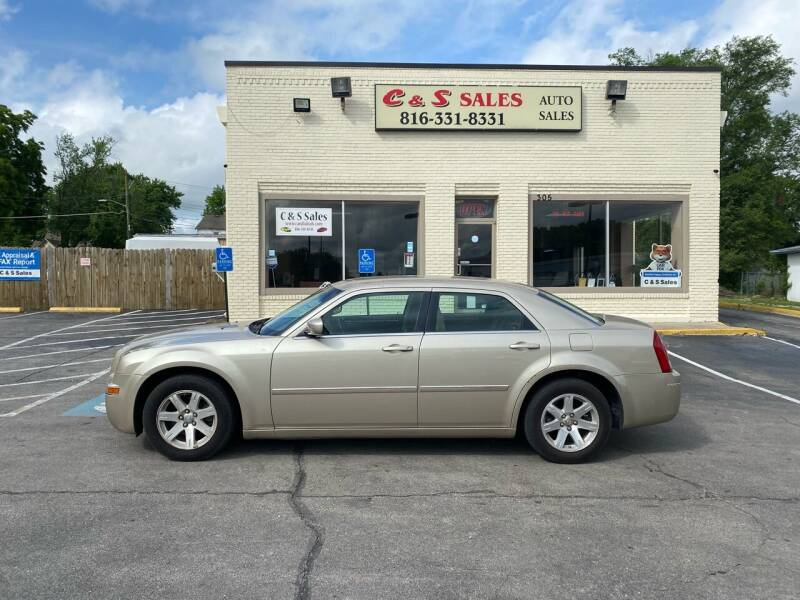2006 Chrysler 300 for sale at C & S SALES in Belton MO