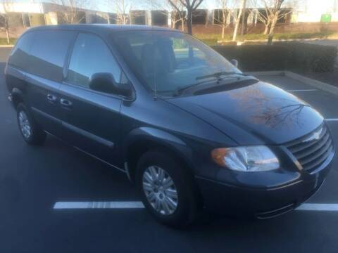 2007 Chrysler Town and Country for sale at Thunder Auto Sales in Sacramento CA