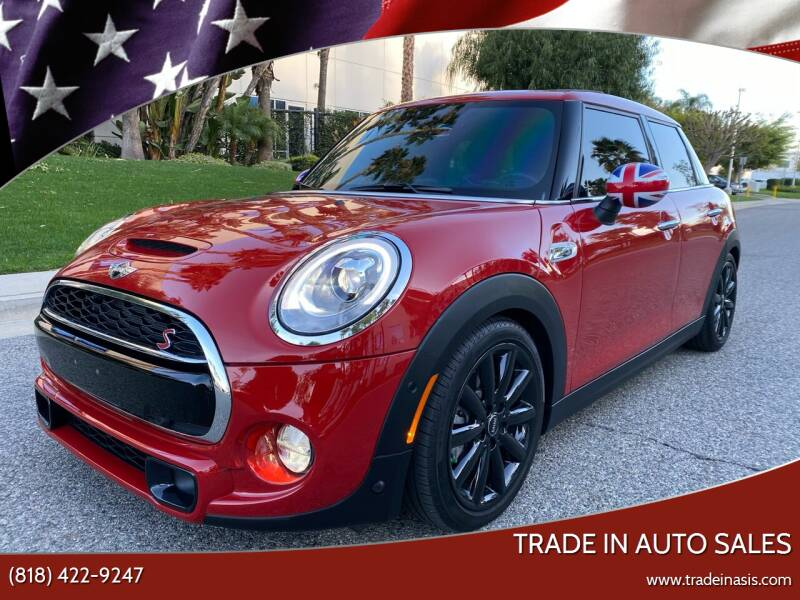 2018 MINI Hardtop 4 Door for sale at Trade In Auto Sales in Van Nuys CA