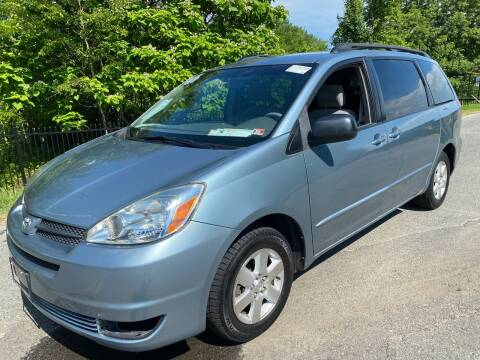 2005 Toyota Sienna for sale at Used Cars of Fairfax LLC in Woodbridge VA