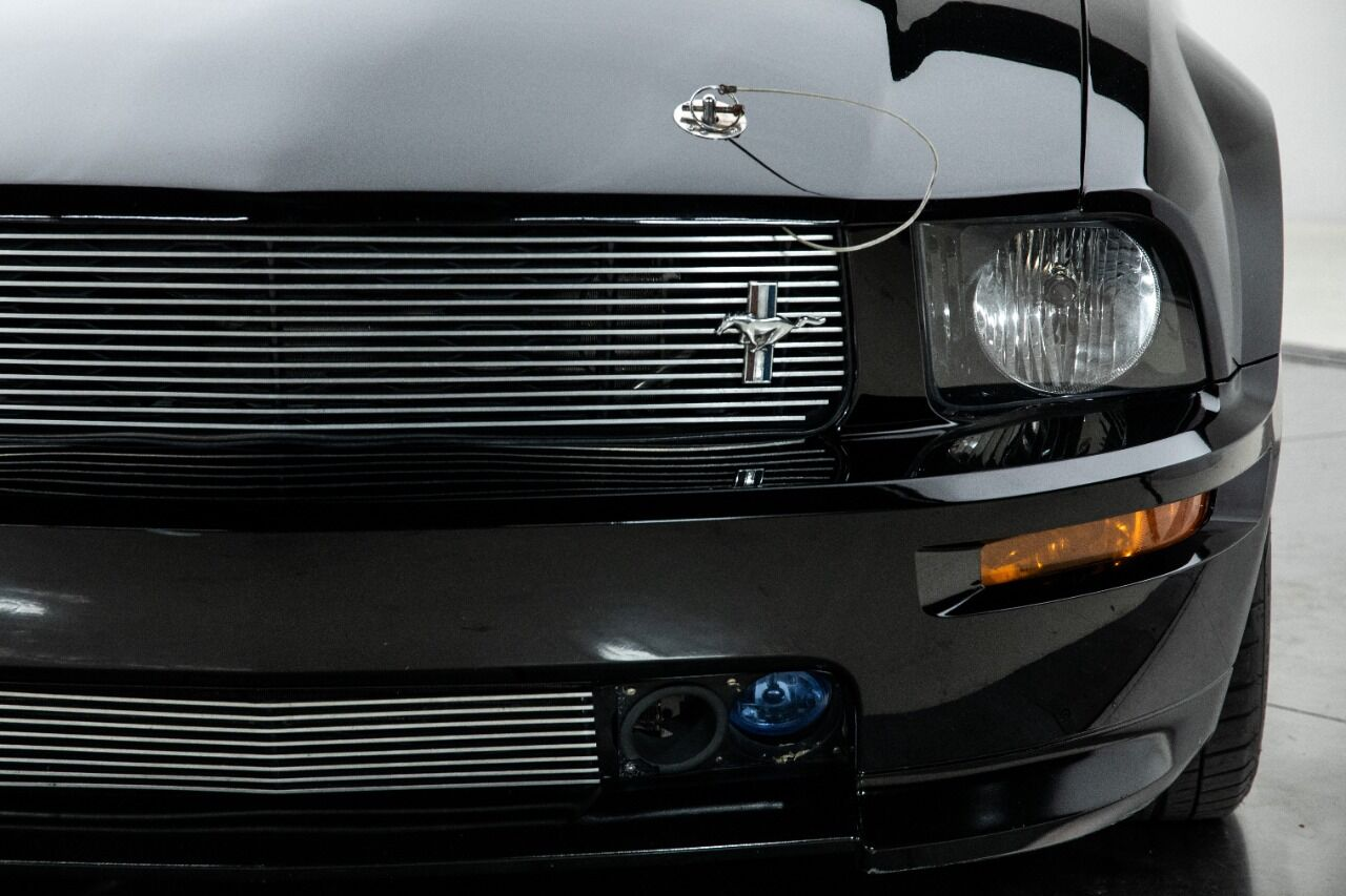 2007 Ford Mustang 29