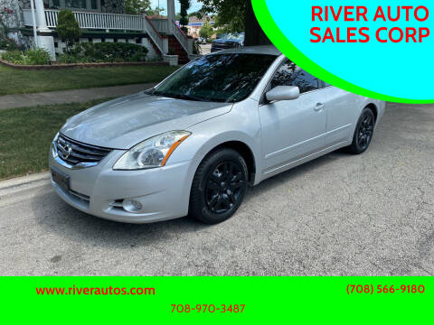 2011 Nissan Altima for sale at RIVER AUTO SALES CORP in Maywood IL