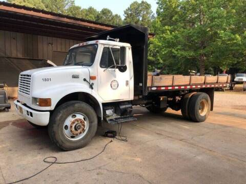 2001 International 4900 for sale at M & W MOTOR COMPANY in Hope AR