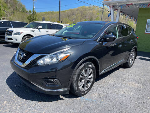 2015 Nissan Murano for sale at PIONEER USED AUTOS & RV SALES in Lavalette WV