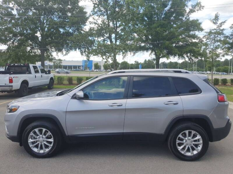 2020 Jeep Cherokee for sale at Econo Auto Sales Inc in Raleigh NC
