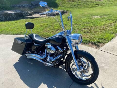 2002 Harley-Davidson FLHR for sale at HIGHWAY 12 MOTORSPORTS in Nashville TN